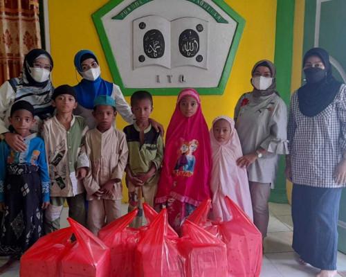 Puasa Hari ke-5, MT Nur Asiah Maluku Kembali Salurkan Paket Buka Puasa Ke Yayasan Panti Asuhan