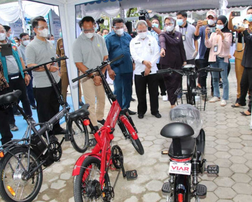 Sekda Launching SPKLU Pertama di Maluku - Malut